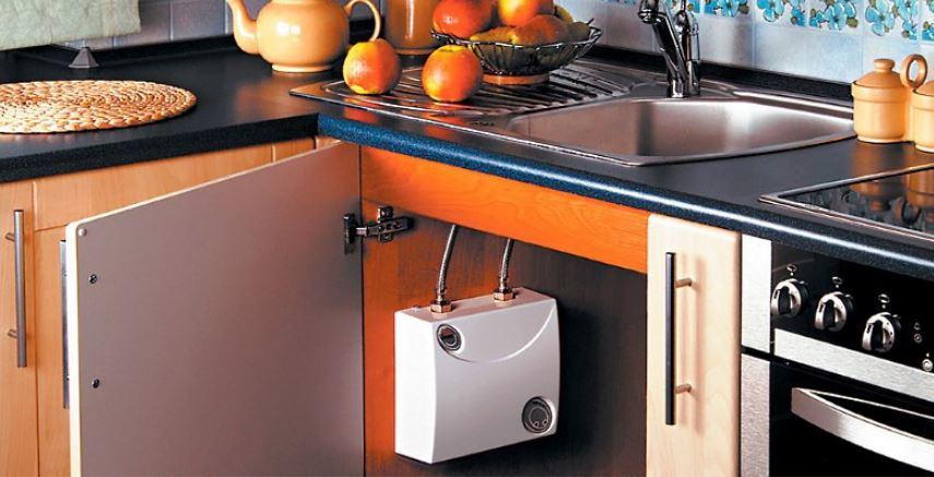 Проточный электрический водонагреватель под раковину